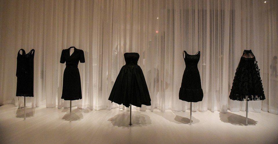Moda Exoerimentar Tipo de productos de moda básicos key item hot item artículos riesgo little black dress